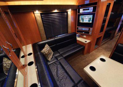 Rear Lounge 02
