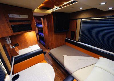 Rear Lounge 04