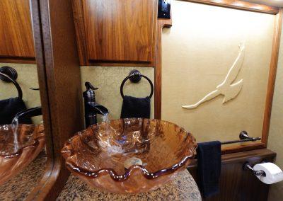 Rear Bath 02